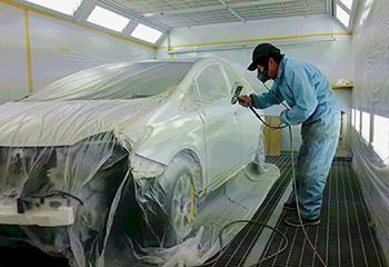 サイマ社の上下圧送式塗装ブース